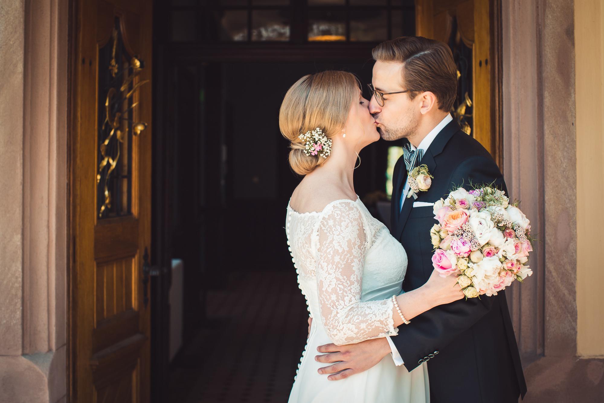 Hochzeitsfotograf Bechtheim – Hochzeit im Weingut Jean Buscher und auf Gut Leben